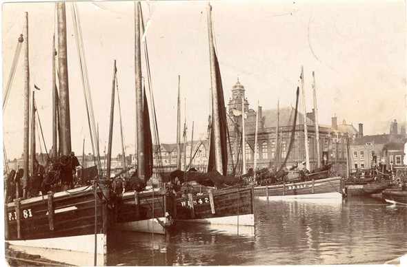 Photo:Fishing Boats with Town Hall
