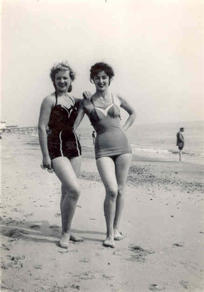 Photo:Rhea Wasley and Valerie Burns in their swimming costumes on the beach
