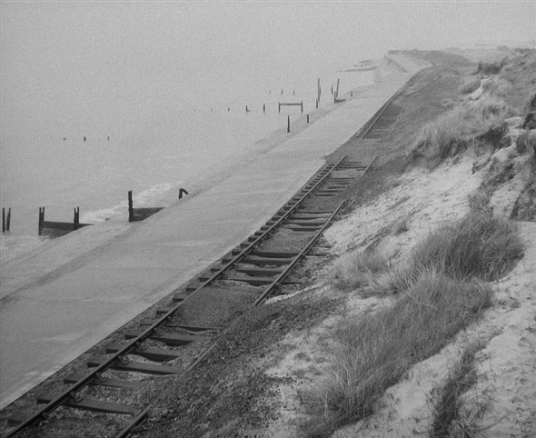 Photo:actual track running along the beach