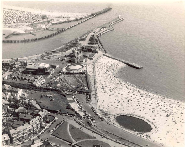 Photo:Aerial view of Gorleston seafront - including Swimming Pool and Yacht Pond