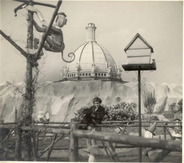 Photo:Girl at Pixieland with bandstand in background