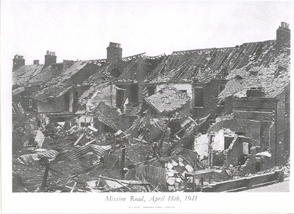 Photo:Ruined terrace in Mission Road, 18 April 1941