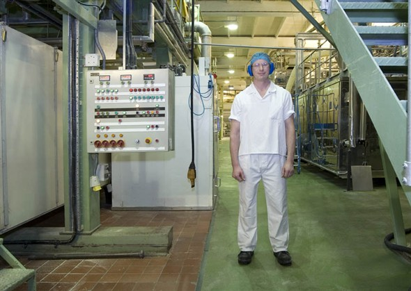 Photo:Portrait of Michael Randell working the production machinery at Pasta Foods
