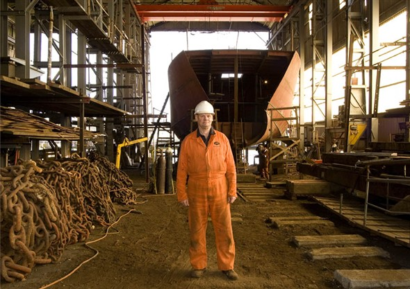 Photo:Portrait of Russell Storman in the boat building shed at Richards