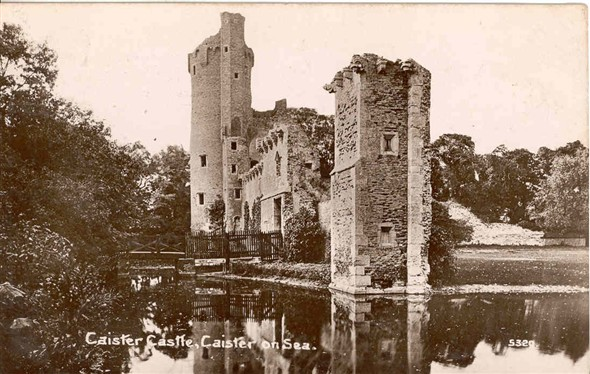 Photo:Postcard of Caister Castle