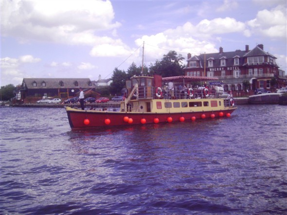 Photo:southern belle oulton broad