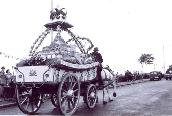 Photo: Illustrative image for the 'Coronation Procession 1953' page