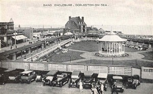 Photo:Gorleston Bandstand c.1930