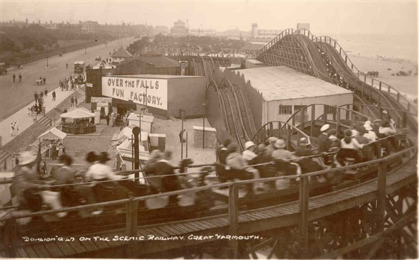 Photo:Scenic Railway, Pleasure Beach, Great Yarmouth, c. 1930