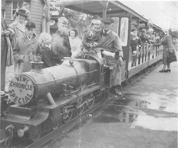 "Photo:Railway at Wellington Pier - featuring train called ""The News Chronicle Special"""