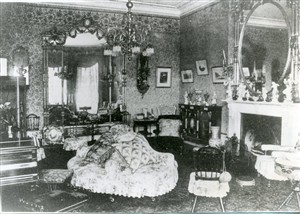 Photo:the Drawing room of Shadingfield Lodge